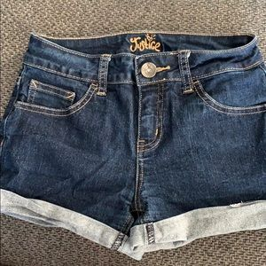 Justice shorts 10R